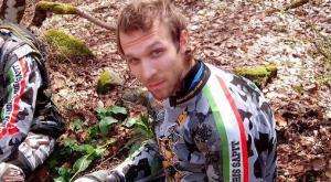 Mortara, non ce l'ha fatta il motociclista caduto in pista ad Ottobiano
