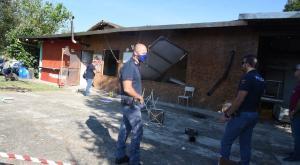 Raid vandalico nella sede di Arci Caccia: sui muri la sigla dell'Animal Liberation Front