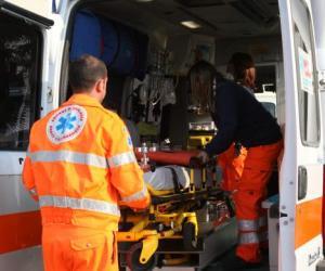 Gambolò, scontro tra due bici in piazza Cavour: ferita 89enne