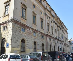 Allarme per Palazzo Saporiti
