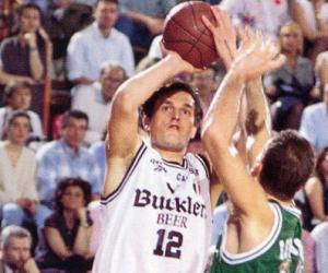 Basket in lutto, addio a Valentino Battisti