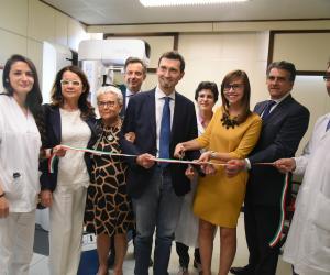 Inaugurato il nuovo mammografo digitale: esami più accurati e meno radiazioni per le pazienti