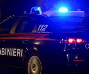 Vigevano, vede i carabinieri e fugge: in auto aveva mezzo chilo di eroina