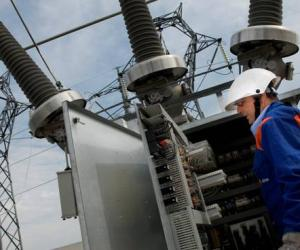 Vigevano, cali dell'energia elettrica in mattinata: i controlli di Enel