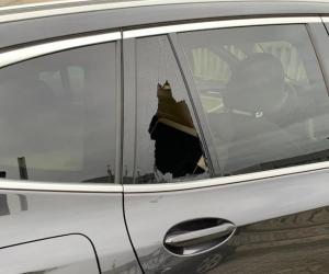 Gambolò, 4 auto vandalizzate nel parcheggio di via Olimpia