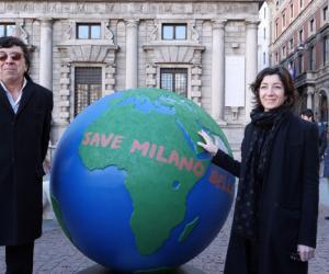 """WePlanet: posato il primo di 100 globi d'artista """"sostenibili"""""""