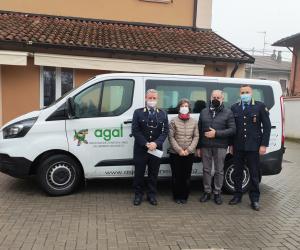 Garlasco, la polizia locale dona il risarcimento di una denuncia all'Agal