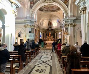 Parroco positivo al Covid, chiesa bloccata
