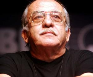 Il grande cabaret di Nanni Svampa rivive con l'attore Pellicini