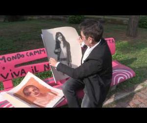 Davide Rhoss, l'artista che dipinge con il bitume