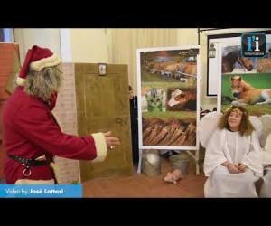 """Gli Angeli Colorati in Castello con la favola """" Il Natale in cascina"""""""