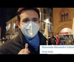 Pavia, commercianti in piazza per protestare
