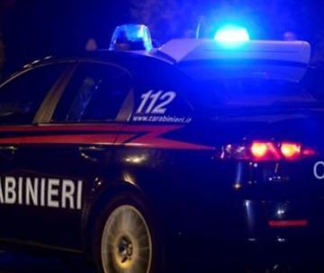 Vigevano, botte in piazza San Francesco: 22enne finisce in ospedale