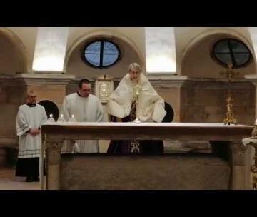 Pavia, la S. Messa dalla Cattedrale e la benedizione da Piazza Vittoria