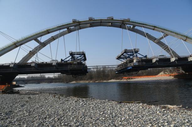 il nuovo ponte sul Ticino